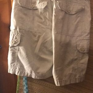 Polo by Ralph Lauren Shorts - Polo cargo shorts/ tan/ euc/ 32's/ long leg/ 🎬